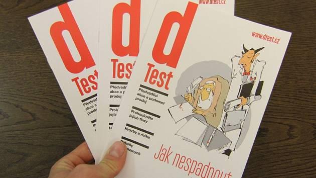 Brožura Jak nespadnout do pasti je věnovaná především obraně starších lidí.