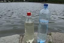 Porovnání vody z Okrouhlíku oproti čisté vodě