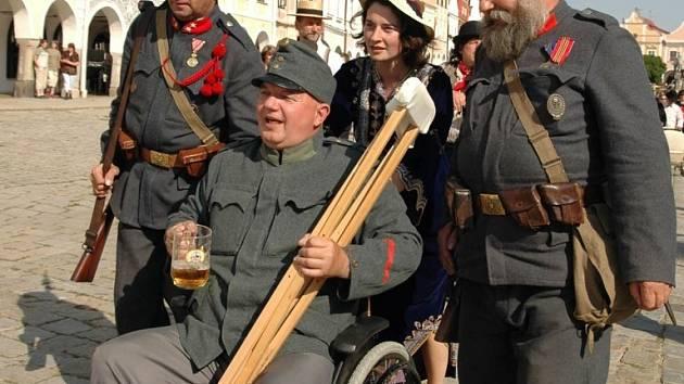 Slavnostní otevření 44. restaurace Švejk se zúčastnil dokonce i dobrý voják Švejk.