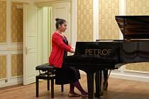 Absolutní vítězkou krajského kola soutěže ZUŠ ve hře na klavír se stala Kamila Ozerová ze ZUŠ Třebíč.