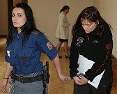 ERIKA KRCHOVÁ. Jedna z šestice obžalovaných, kteří se před Krajským soudem v Brně zodpovídají z nelegálního obchodu s léky. Stíhána je vazebně