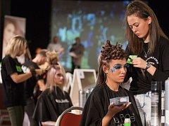 V Jihlavském DKO se v pondělí 6. listopadu konala mezinárodní soutěž Hairdresser Open 2017.