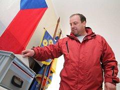 Volby v Růžené voliče lákaly.