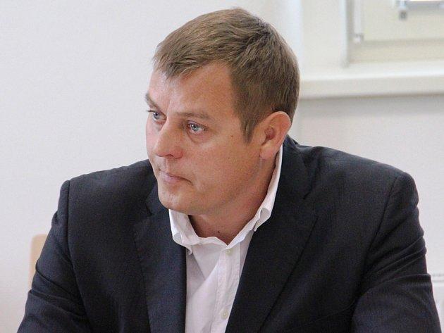 Zdeněk Šustr (na snímku) si po vynesení rozsudku ponechal lhůtu na rozmyšlenou. Pokud se odvolá, soudní pře bude pokračovat.