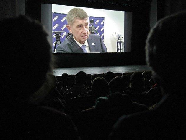 Dokument, který se jmenuje Matrix AB, měl nedávno premiéru na jihlavském festivale dokumentárních filmů.