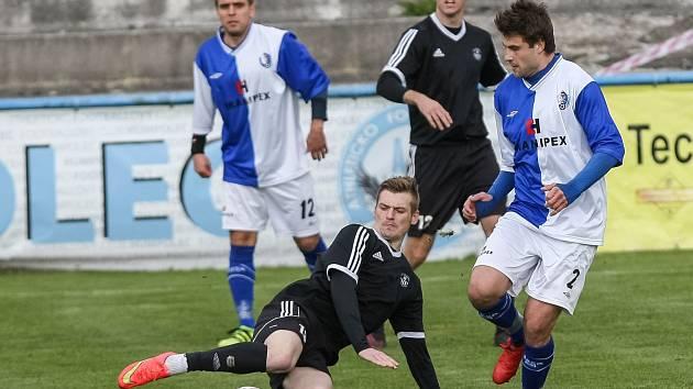 """Krajský přebor:  A.F.C. Humpolec """"A"""" proti FC Slovan Havlíčkův Brod."""