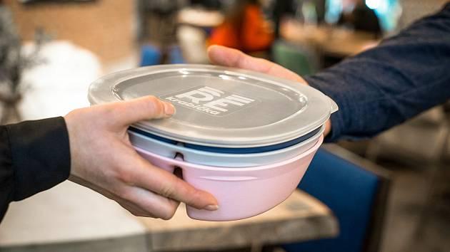 Jídlo v krabičce, ilustrační foto
