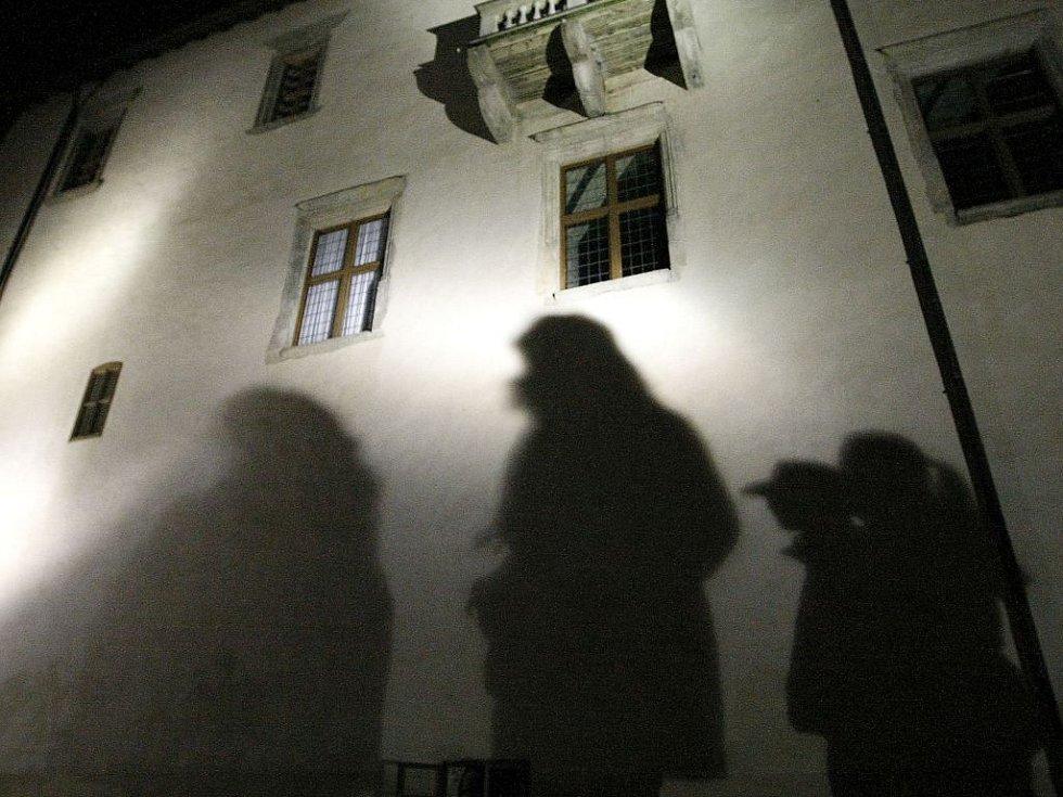 Derniéra nočních prohlídek polenského hradu.