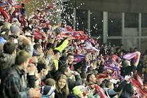 Hokejová Třebíč by měla být na nohou. Borci Horácké Slavie mají dnes šanci zvrátit zdánlivě ztracenou situaci v boji o play-off a přeskočit v pořadí přímého rivala z Litoměřic.