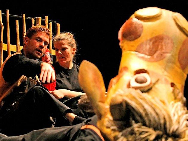 Horácké divadlo Jihlava hraje představení o Palečkovi.