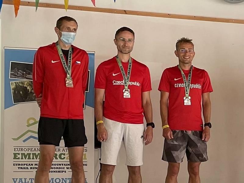 Český tým běžců do vrchu získal na ME stříbrnou medaili.