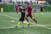 Rozhodnutí ještě nepadlo, ale Ondřej Lapeš předpokládá, že se zruší i celostátní Superliga, v níž výběr MK Jihlava (v černém Robin Demeter) hraje.