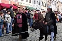 Příjezd sv. Václava na oslu.