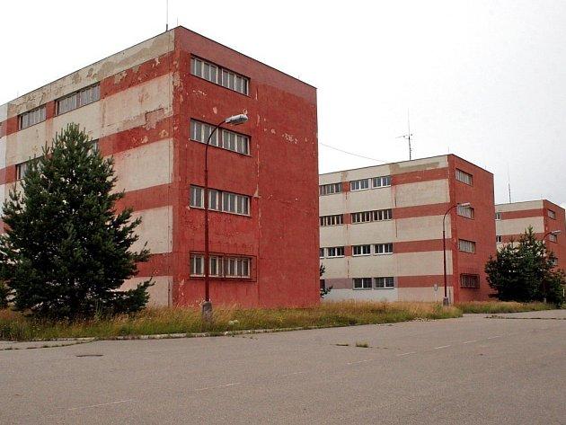 Celkový pohled na kasárna v Jihlavě - Pístově.