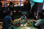 Ve Vrak baru vládla báječná narozeninová pohoda.