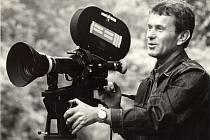 Jan Špáta začínal v šedesátých letech za kamerou, později začal sám režírovat. O jeho práci se později mluvilo jako o Špátově dokumentaristické škole.