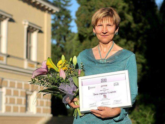 Marie Gregorová při přebírání loňského ocenění na zámku ve Světlé nad Sázavou.