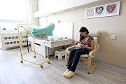 Maminky s dětmi se na novorozenecké JIP cítí lépe. Prostředí se změnilo.