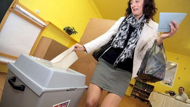 Volební místnost se v pátek ve 14 hodin otevřela i v havlíčkobrodském volebním okrsku č. 3 v mateřské škole v Zahradnického ulici.