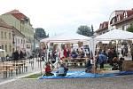 Grilovačka na náměstí v Třešti
