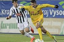 Dosud jediné prvoligové vystoupení Českých Budějovic v Jihlavě se odehrálo v polovině listopadu roku 2012. Vyrovnané utkání tehdy rozhodl v předposlední minutě duelu domácí Tomáš Kučera (ve žlutém).