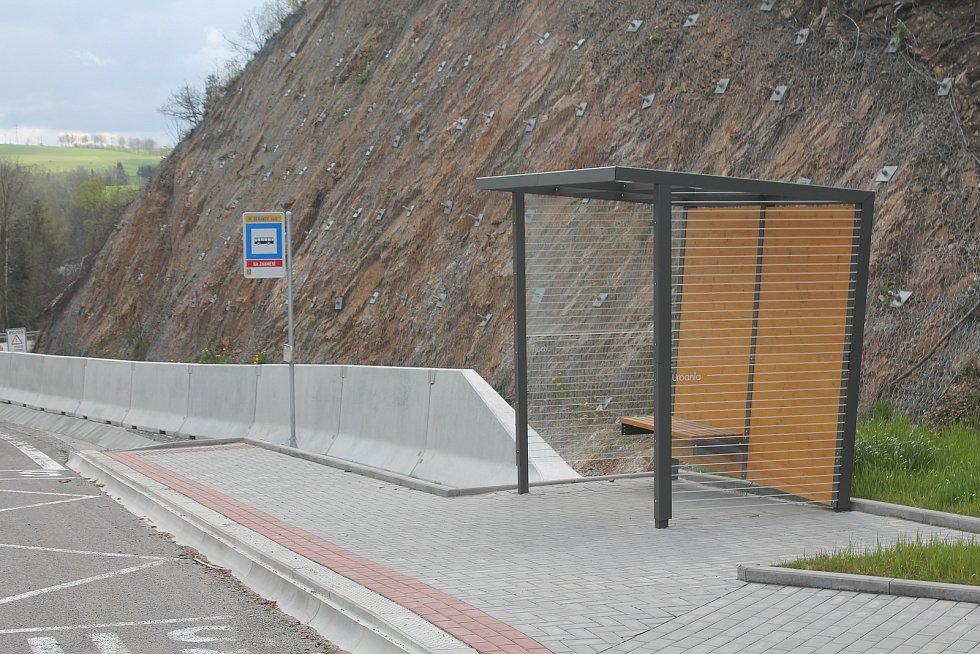 Zastávka jihlavské MHD u obchvatu Velkého Beranova je nová.