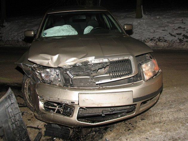 Neznalost pravidel, nebo přehnaný spěch byly na vině dopravní nehody v katastru obce Vyskytná na Jihlavsku.