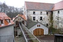 Parní mlýn v Telči prochází v současnosti velkou renovací.
