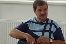 František Kučera se u soudu obhajoval sám. Tvrdil, že se napil až po nehodě. Kdyby se přiznal, mohl podle soudce dostat mnohem menší trest.
