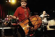 V DIODu nedávno přilákal na živou muziku Slet bubeníků.