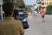 Mnoho diváků si závodníky natáčelo či fotilo, klidně i na mobil.