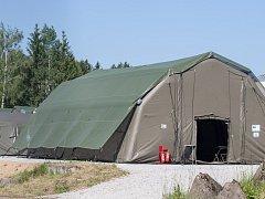 Stany a zázemí pro vojáky americké armády ve vojenském prostoru Rančířov u Jihlavy.