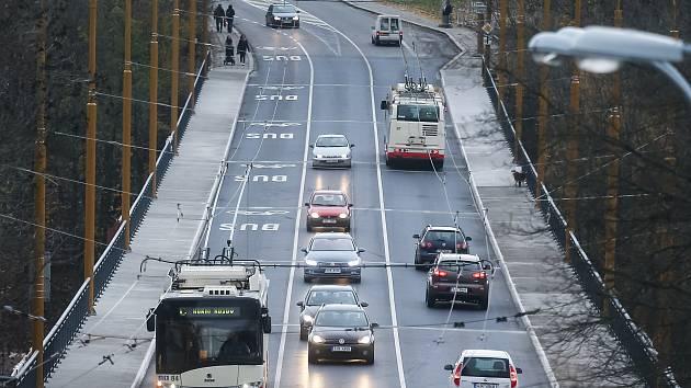 Nově otevřený Brněnský most v Jihlavě.