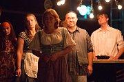 V sobotu 9. září 2017 uvede Horácké divadlo Jihlava nové představení. Novinkou a prvním představením v letošní sezoně je hra Zapomenuté světlo.