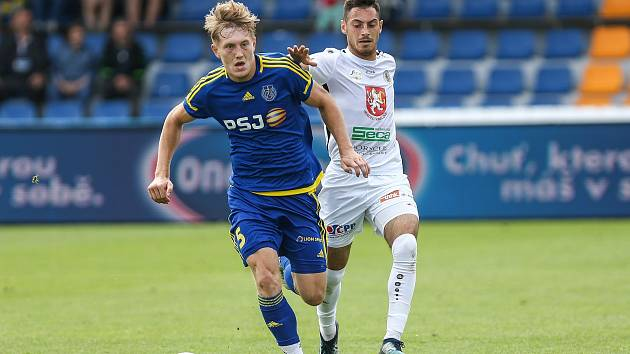 Utkání FNL mezi FC Vysočina JIhlava a FC Hradec Králové.