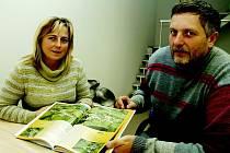 Iva a Jiří Trojanovi z Velkého Meziříčí přibližují svoji poslední knihu, která vyšla pod titulem Na křídlech za poznáním Jihlavska.