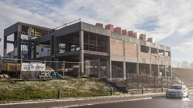 V jihlavské Vrchlického začíná výstavba obchodního domu Möbelix a navíc tam vzniká i krajské výcvikové středisko záchranářů.