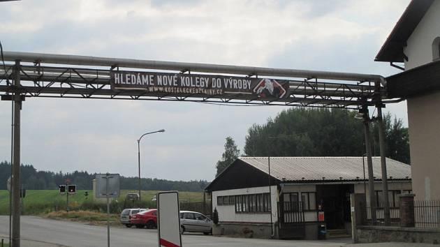 Plakát s náborem u Kosteleckých uzenin.