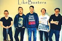 Název skupiny LikeBusters (můžete se setkat i s nepřesnými verzemi Like Busters nebo Likebusters) členové vymysleli dříve než kapelu samotnou. Na snímku zleva: Richard Tichý, Ondřej Brejška, Michal Zezula, Tomáš Kozina a Tomáš Krpálek.