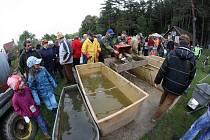 Výlov rybníka v Urbanově