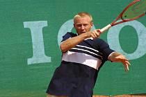 Jihlavský tenista Leoš Friedl si musí připomínat, že ve svých letech by se měl tenisem více bavit a užít si ho.
