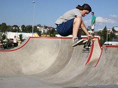 Skatepark v areálu Český mlýn.