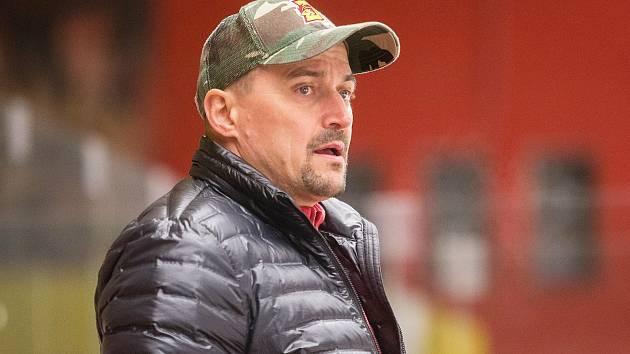 Viktor Ujčík.