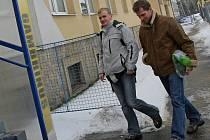 Na zahájení přípravy jihlavských fotbalistů dorazil společně s Michalem Veselým i Pavel Bartoš (vlevo).