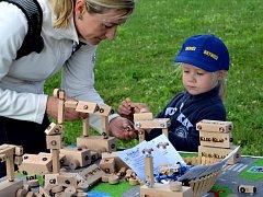 První ročník Přísekohraní přilákal na autíčka a další hračky několik stovek návštěvníků.