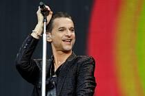 Britská kapela Depeche Mode vystoupila loni 23. července v Praze (na snímku). Hity této kapely hrají i čeští Depeche Mode revival.