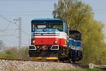 Posunovací dieselelektrická lokomotiva EffiShunter 300 bude pocházet z jihlavského závodu holdingu CZ Loko.