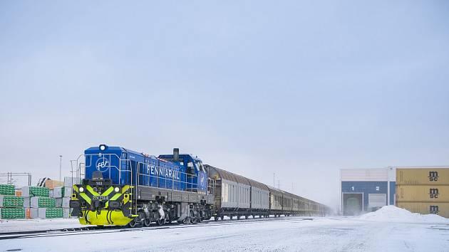 Finská FenniaRal lokomotivy EffiShunter 1600 provozuje i v extrémních podmínkách hluboko pod bodem mrazu. Foto: CZ LOKO