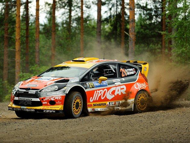 Finská rallye patří mezi nejrychlejší soutěže.