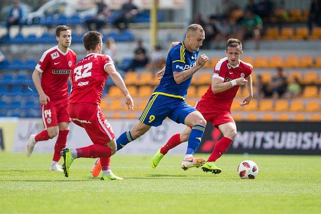 Utkání FC Vysočina se Zbrojovkou Brno.